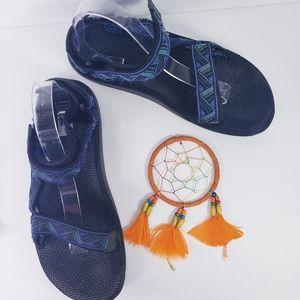 Teva Sandals Blue Black Size 11M